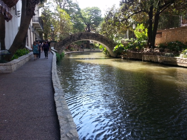 Things to do at the San Antonio Riverwalk with your dog include a calm walk.